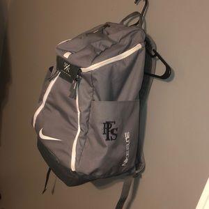 Gray Nike Elite bag that is brand new. 5cef6da977